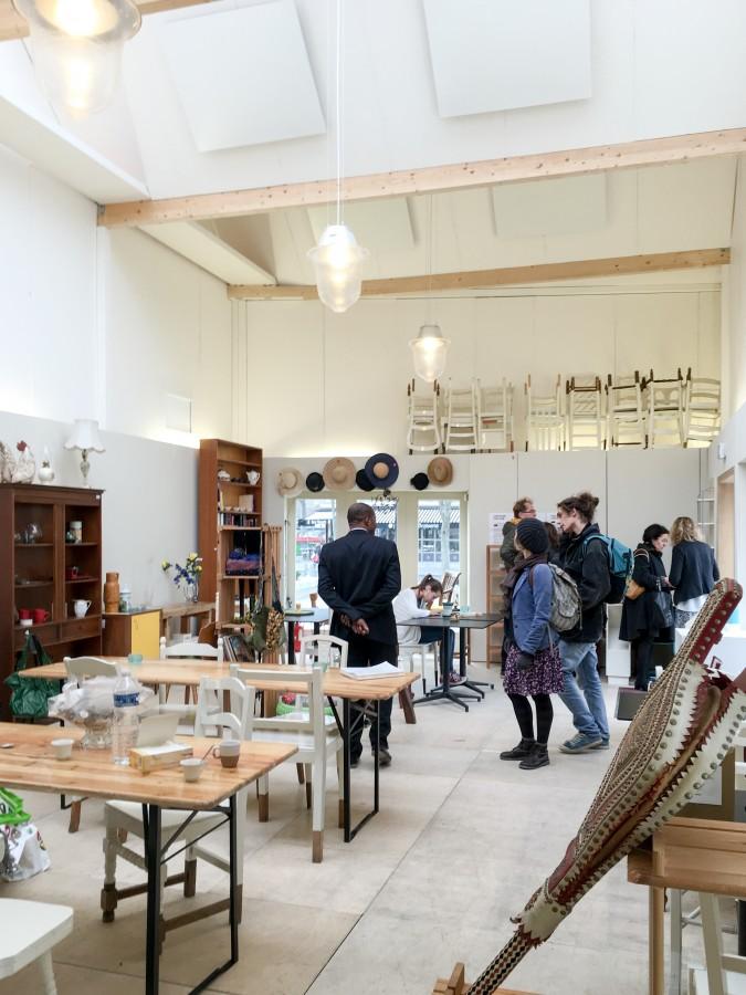 Café-boutique